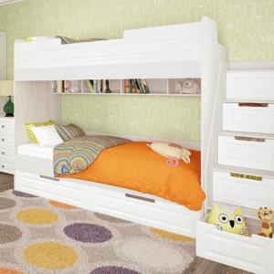 кровать с приставной лестницей