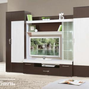 модульная гостиная с витринами