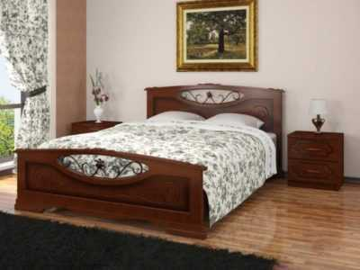 кровать массив с ковкой
