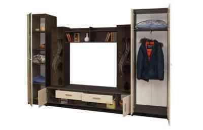 недорогая гостиная с 2мя шкафами