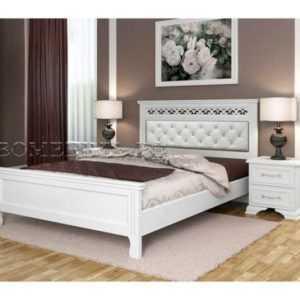 кровать массив со вставкой кожи