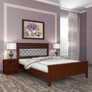 кровать из массива с кожей
