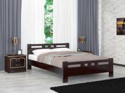 кровать из массива с аккуратными спинками